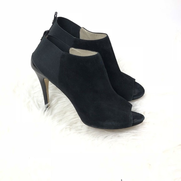 0867df7d9f2 Michael Kors high heels open toe black suede. M 5b61545aaa571991a0f9c31c
